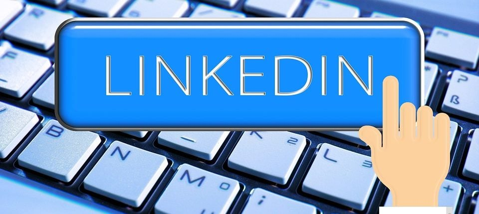 How to approach prospects on LinkedIn