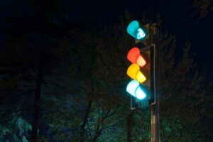traffic lights to represent preparing for partnership