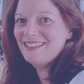 Kate Clover Headshot